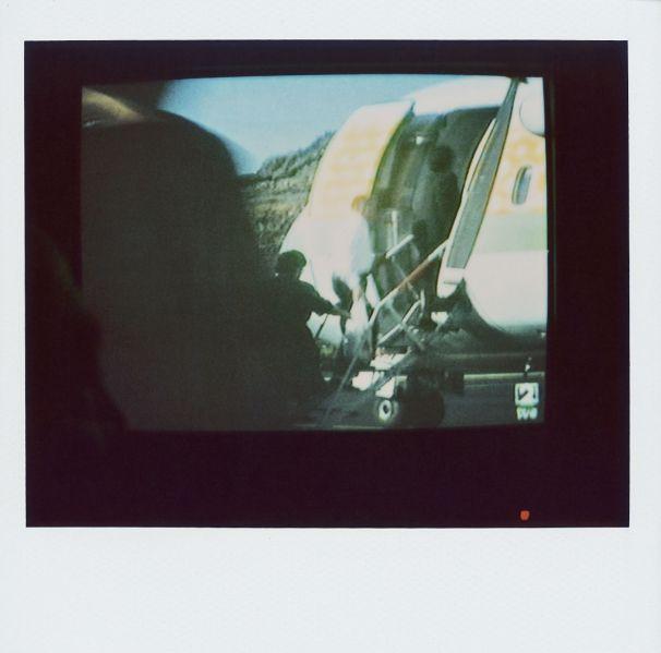 Magnolia Soto. Apuntes sobre el consumo de imágenes de paisaje 13. 2001. Polaroid. 8,8 X 10,7cm.