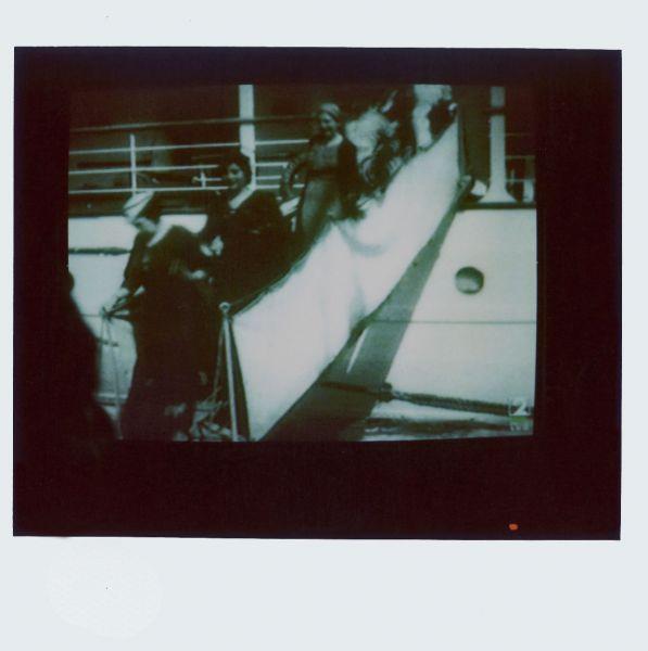 Magnolia Soto. Apuntes sobre el consumo de imágenes de paisaje 16. 2001. Polaroid. 8,8 X 10,7cm.